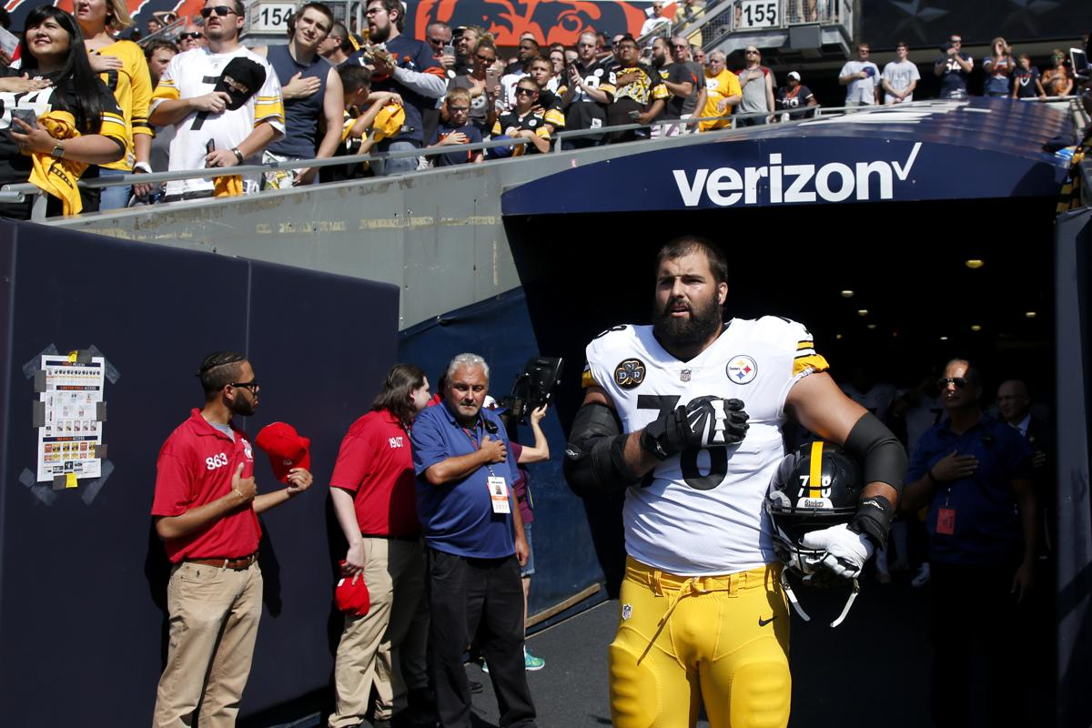Alejandro Villanueva was the only member of the Pittsburgh Steelers on the field for the national anthem.