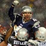 Adam Vinatieri's field goal in overtime gave the Patriots a thrilling 16-13 win against the Raiders to move to the AFC title game after the 2001 season.
