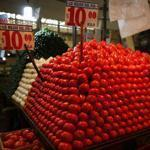 The deal raises the minimum price at which Mexican tomatoes can be sold and strengthens enforcement of trade rules.