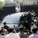 Commandos escorted a vehicle carrying former Pakistani president Pervez Musharraf as he left the court on Thursday.