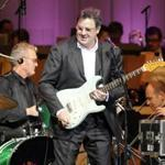 Country music star Vince Gill joined the Boston Pops for opening night.