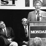 Actor Paul Newman spoke to a crowd of 350 as former Vice President Walter Mondale listened in Nashua.