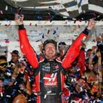 DAYTONA BEACH, FL - FEBRUARY 26: Kurt Busch, driver of the #41 Haas Automation/Monster Energy Ford, celebrates in Victory Lane after winning the 59th Annual DAYTONA 500 at Daytona International Speedway on February 26, 2017 in Daytona Beach, Florida. (Photo by Sean Gardner/Getty Images)