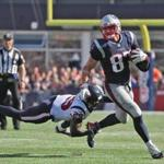 Foxbrough MA 9/24/17 New England Patriots Rob Gronkowski getting away from Houston Texans Andre Hal on a 14 yard reception during third quarter action at Gillette Stadium. (Photo by Matthew J. Lee/Globe staff)