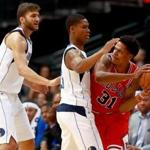 DALLAS, TX - OCTOBER 04: Jarell Eddie #31 of the Chicago Bulls controls the ball against PJ Dozier #35 of the Dallas Mavericks and Maximilian Kleber #42 of the Dallas Mavericks in the second half at American Airlines Center on October 4, 2017 in Dallas, Texas. NOTE TO USER: User expressly acknowledges and agrees that, by downloading and or using this photograph, User is consenting to the terms and conditions of the Getty Images License Agreement. (Photo by Tom Pennington/Getty Images)