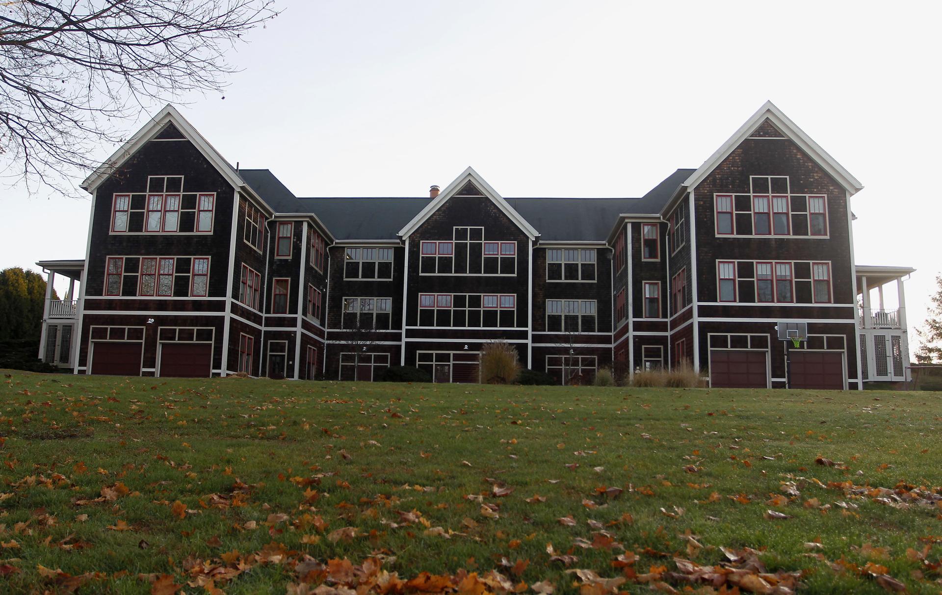 The Zane dormitory at St. George's School.