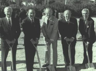 From left, Jordan Shapiro, Theodore Cutler, Henri Lewin, Adelson, and Irwin Chafetz break ground at The Venetian in Las Vegas in 1997.