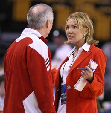 CBS broadcaster Lesley Visser spoke with Wisconsin head coah Bo Ryan at a TD Garden practice on Wednesday.