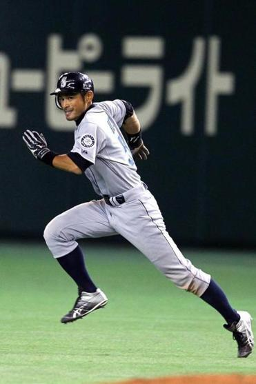 Ichiro Suzuki is still looking for his first World Series appearance.