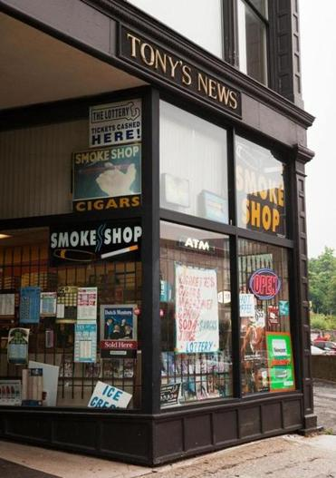 Worcester sought to ban signs for specific brands of cigarettes.