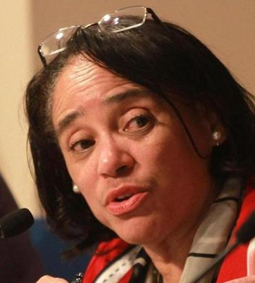 Boston school superintendent Carol Johnson mishandled the discipline of a former headmaster.