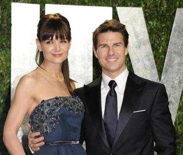Katie Holmes and Tom Cruise settled their divorce in just 12 days, heading off speculation about their breakup.
