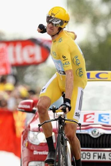 Bradley Wiggins, who has worn the yellow jersey since Stage 7, is expected today to become the first Briton to win the Tour.