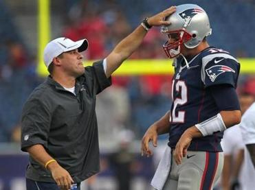 Josh McDaniels, left, is back to lead Tom Brady and the Patriots offense.
