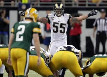 James Laurinaitis (55) is a sparkplug for the Rams' defense.