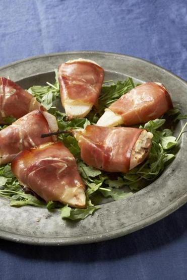 This dish is baked until the pears (these are Boscs) are tender inside and the prosciutto begins to crisp at the edges.