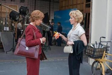 "Helen Mirren as ""Alma Reville"" and Scarlett Johansson as ""Janet Leigh"" on the set of Hitchcock."