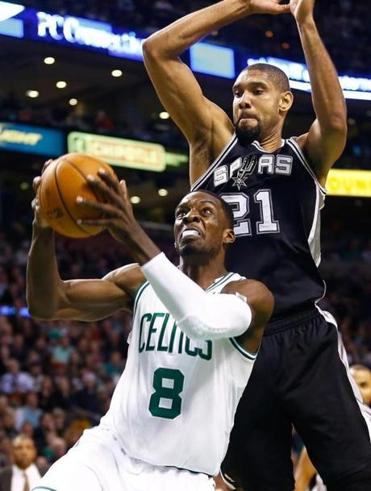 Matchups between Kevin Garnett and Tim Duncan are fascinating to watch because they resemble Ali-Frazier fights.