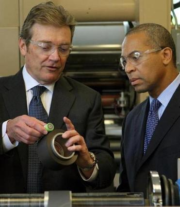 Governor Deval Patrick (right) toured A123 Systems with CEO David Vieau in 2009.