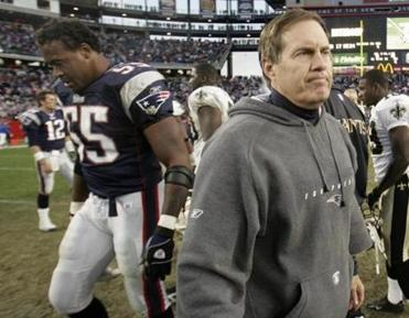 Bill Belichick told his team after the game that his father had died on Saturday.
