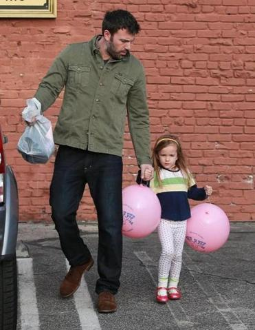 Ben Affleck and daughter Seraphina doing some last-minute Christmas shopping in California earlier this week.