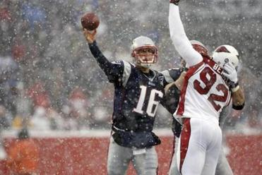 Patriots quarterback Matt Cassel threw three touchdowns against the Cardinals.