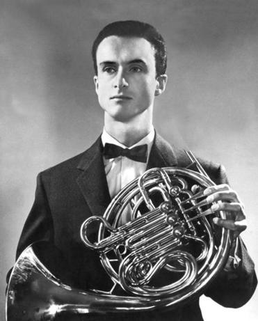 Mr. Eger was one of very few French horn players to have enjoyed a solo career.