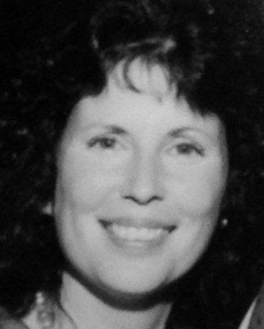 Arlene Eisner grew up in Chelsea and studied at UMass Boston.