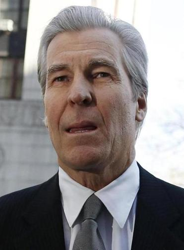 Macy's Terry Lundgren testified in a breach-of-contract trial.