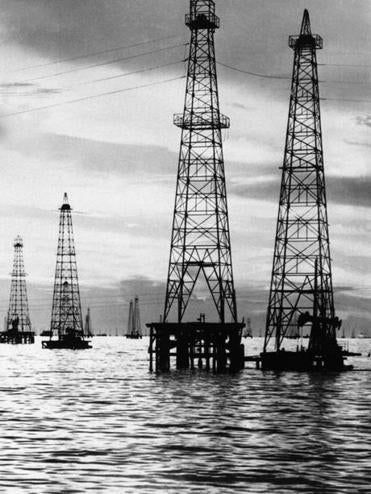 Oil rigs pepper Lake Maracaibo in western Venezuela in the '70s.