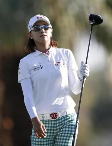 Na Yeon Choi, who shares the Kraft Nabisco lead at 4 under, likes the look of her tee shot on the 11th hole.