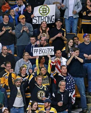 Bruins Fans Undeterred By Security, Fear