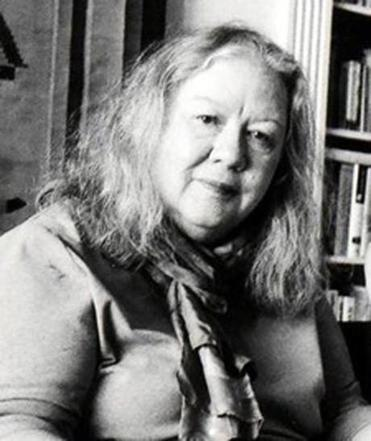 Ms. Thom joined Ms. Magazine in 1972 and rose to executive editor in 1990.