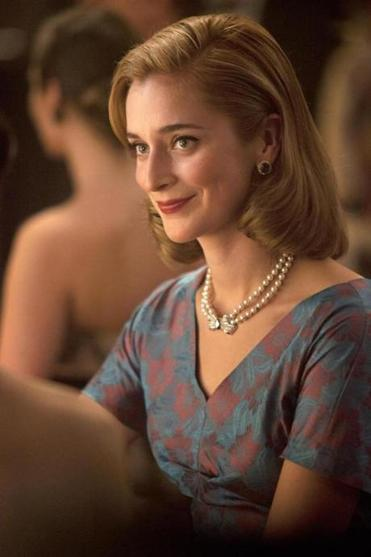 Caitlin Fitzgerald plays Masters's wife, Libby.