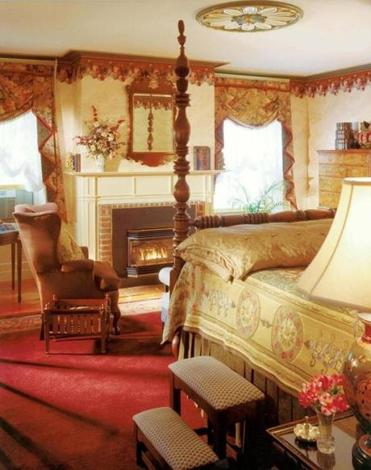 Every guest room at the Captain Lord Mansion has a working gas fireplace.