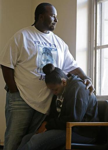 Martin Winkfield with his wife, Nailah Winkfield, mother of 13-year-old Jahi McMath, who was declared dead in December.
