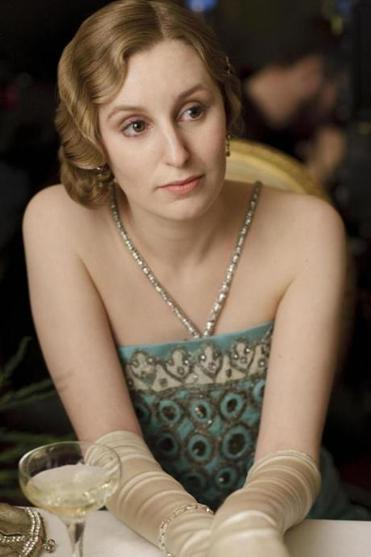 "Laura Carmichael steps out as the newly stylish Lady Edith on ""Downton Abbey.''"