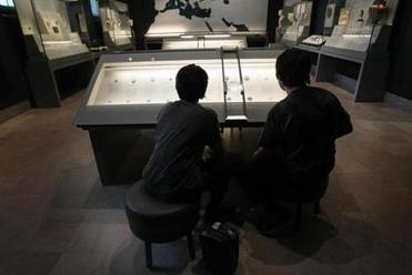 The Michael C. Ruettgers Gallery for Ancient Coins is a hit with young visitors.