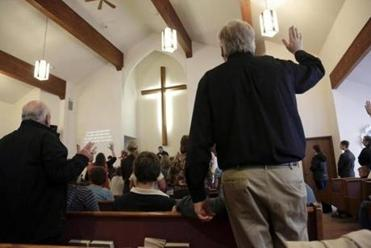 As the efforts in Oso, Wash., continued, the Glad Tidings Assembly of God and other churches in nearby Darrington offered prayers.