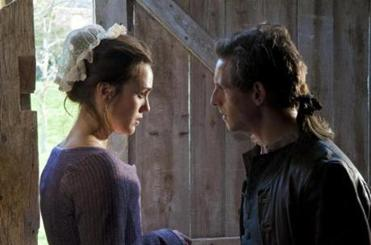 Anna Strong (Heather Lind) and Abraham Woodhull (Jamie Bell).