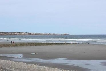 Long Sands Beach in York, Maine, is the perfect place to walk off your Stonewall Kitchen instructional meal.