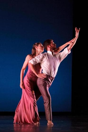 "Jenn Weddel and Sam Black of the Mark Morris Dance Group in the duet ""Jenn and Spencer,"" which they performed at Jacob's Pillow."