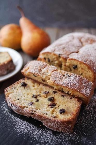 Recipe For Caramelized Pear And Currant Pound Cake The