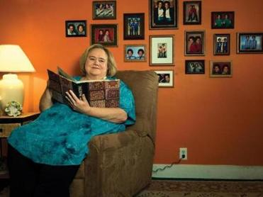 "Louie Anderson as Christine Baskets in ""Baskets."""