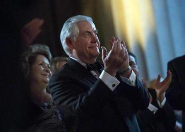 Senate committee OKs Rex Tillerson for secretary of state