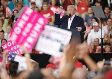 Fact-checking President Trump's rally in Florida