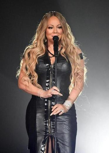 Mariah Carey teams up with Lionel Ritchie at TD Garden on Aug. 22.