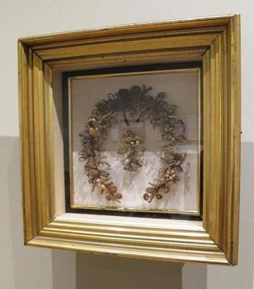 A mourning wreath at the Cape Cod Museum of Art.