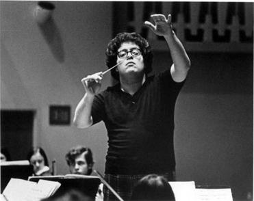 Levine rehearses with The Cleveland Orchestra, ca. 1968 Photo by Peter Hastings, courtesy Cleveland Orchestra Archives Library Tag 10172004 Arts & Entertainment