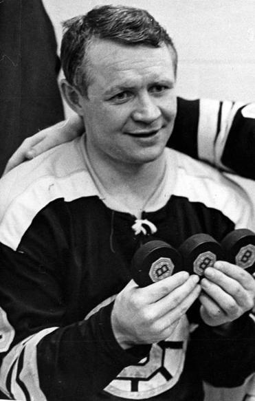 Mr. McKenzie held three pucks after scoring a hat trick against the Detroit Red Wings in 1968.